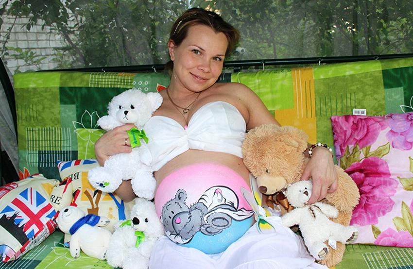 фото беременных рисунками